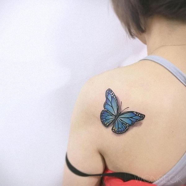 este_super-realista_tatuagem_de_borboleta