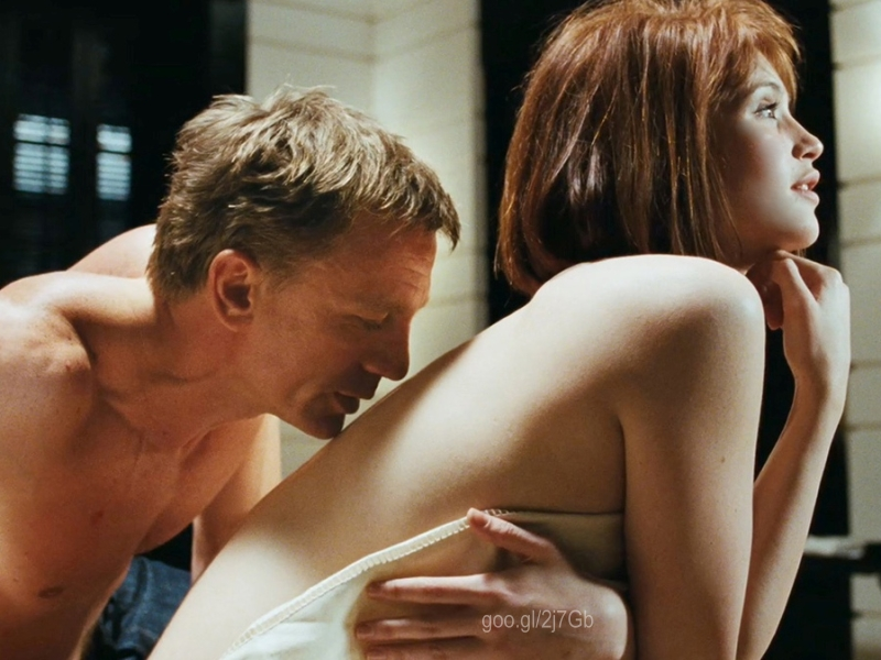 BOND 22: Quantum Of Solace(Olga Kurylenko & Daniel Craig)