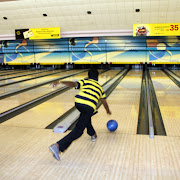 Midsummer Bowling Feasta 2010 103.JPG