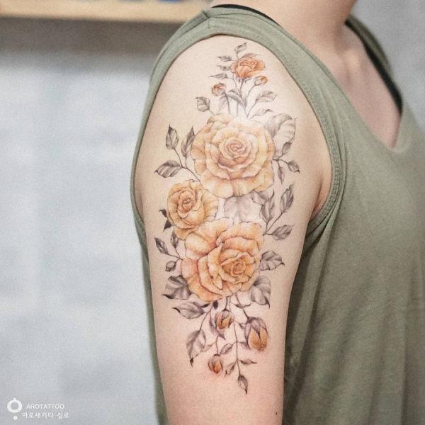 esta_rosa_amarela_aquarela_flor_da_tatuagem