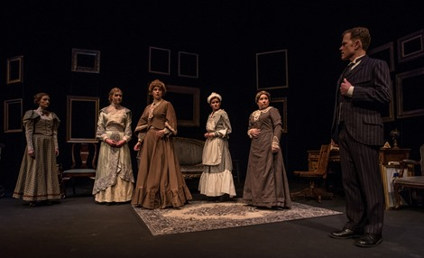 Ravenscroft at the Bickford Theatre; photo by Warren Westura