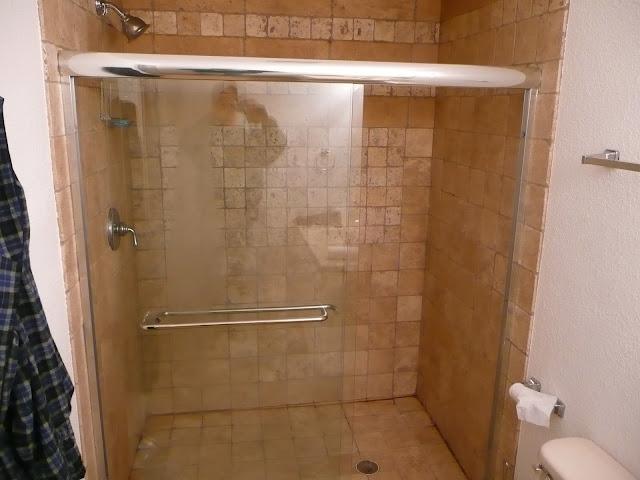 Basement  remodeling/Menomonee Falls - P1000606.JPG