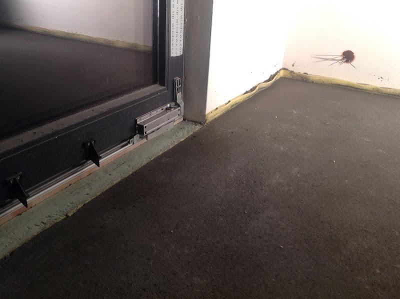 Czy Może Być Xps Pod Oknem Okna Okna Dachowe Drzwi