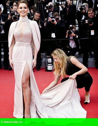 Hình 4:   Cheryl nổi bật ở LHP Cannes