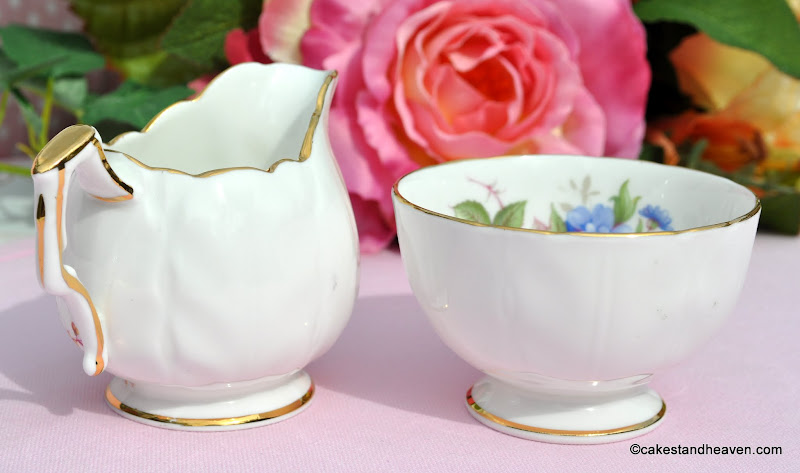 Aynsley Bone China Mini Milk & Sugar Set