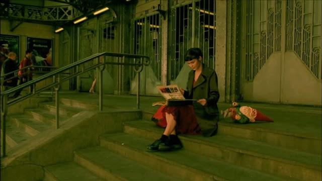 fotograma-amelie-escaleras-gare-de l'est.jpg