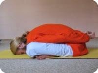 йога от метеоризма
