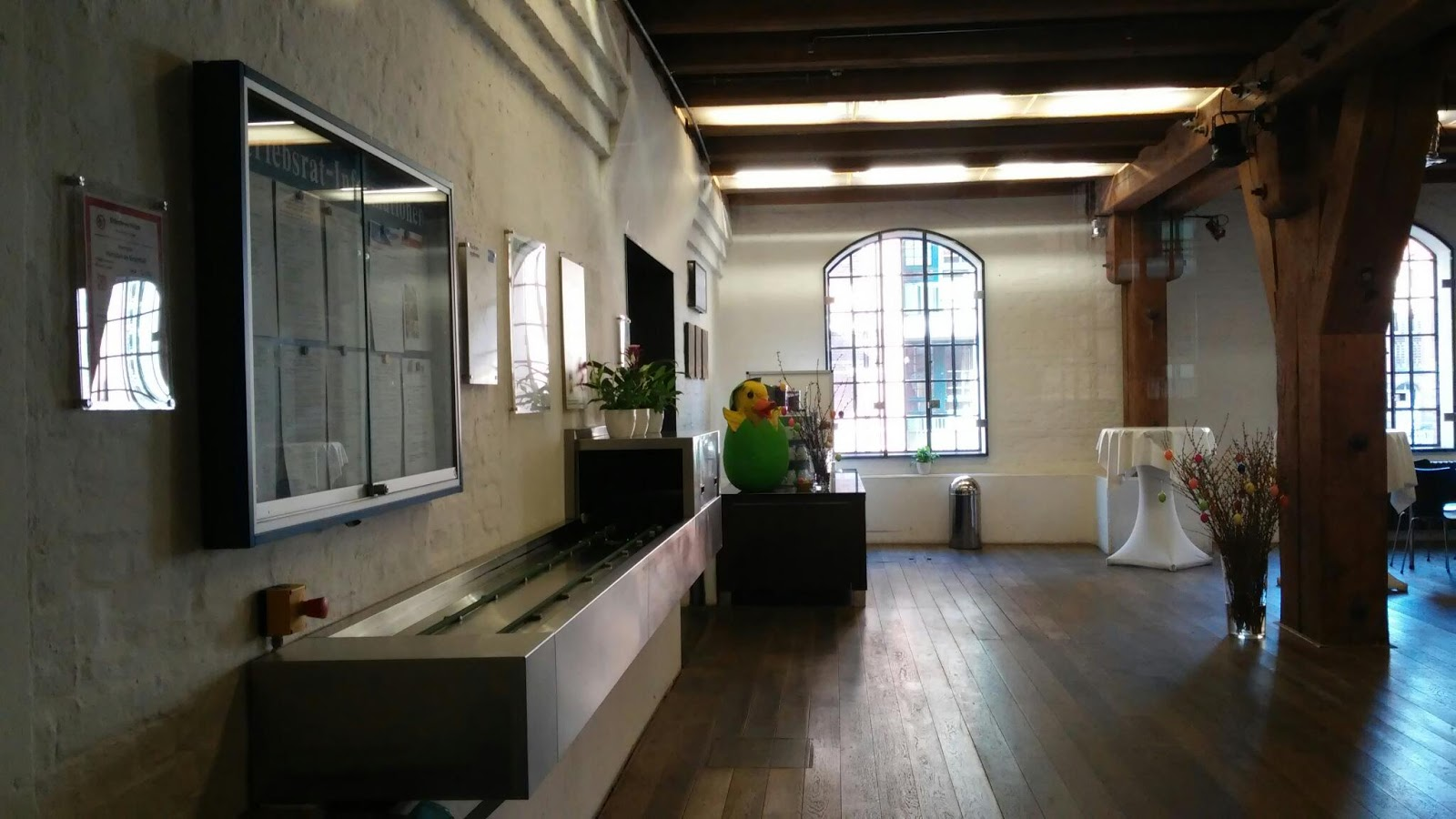 hhla kantine speicherstadt. Black Bedroom Furniture Sets. Home Design Ideas