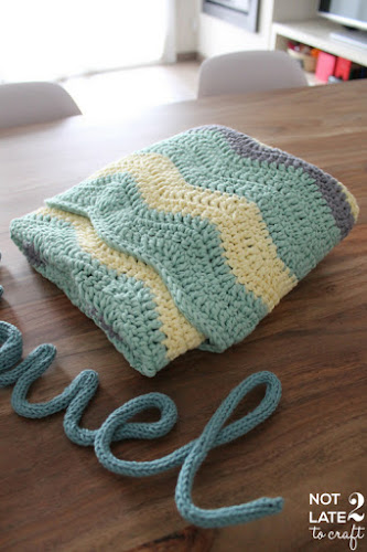 Not 2 late to craft: Manta en zig-zag per en Miquel / A crochet chevron blanket for Miquel