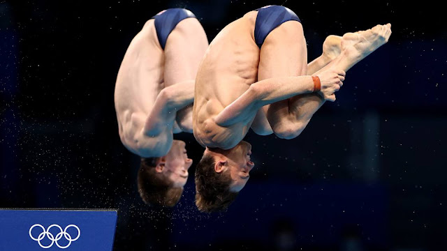 Tom Daley and Matty Lee gold in Tokyo 2020