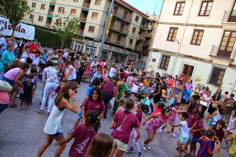 Festa infantil i taller balls tradicionals a Sant Llorenç  20-09-14 - IMG_4317.jpg