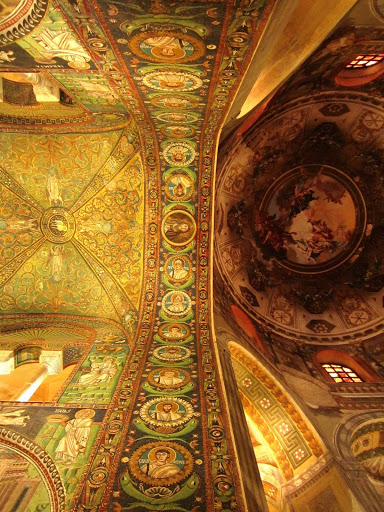 Inside the Basilica of San Vitale in Ravenna, Italy. Clara Dorfman: #StudyAbroadBecause…the world becomes your classroom
