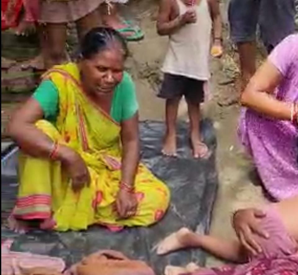 झोलाछाप डॉक्टरों के सुई से एक बच्चे की हुई मौत , परिजन ने जमकर किया बबाल