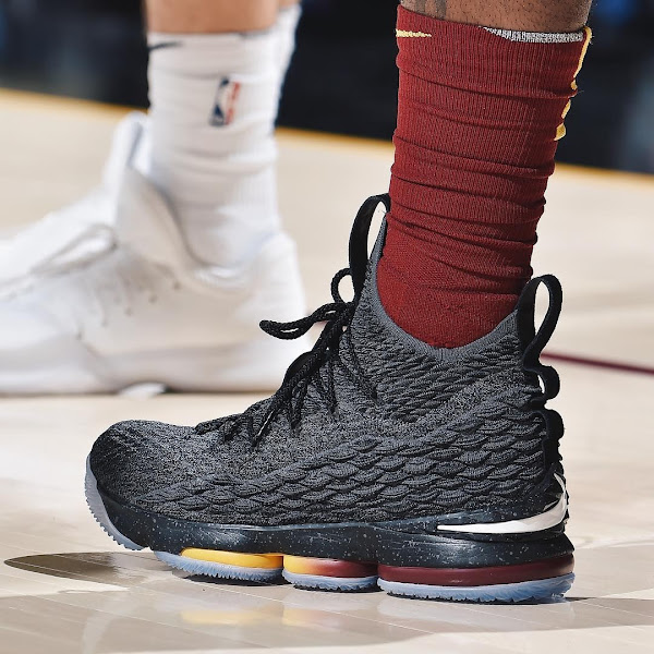 LBJ Wore Two Different LeBron 15s in Cavs 4th Straight Loss