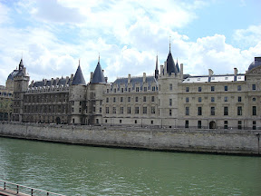 The Conciergerie - once a palace.  The place Marie Antoinette was imprisoned.