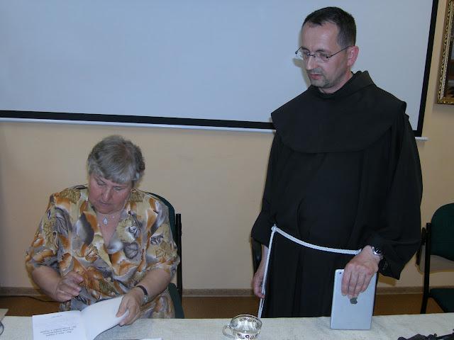 Spotkanie z autorem książek o św. Janie z Dukli i św. Janie Pawle II – Jadwigą Nowak - P6120121.JPG