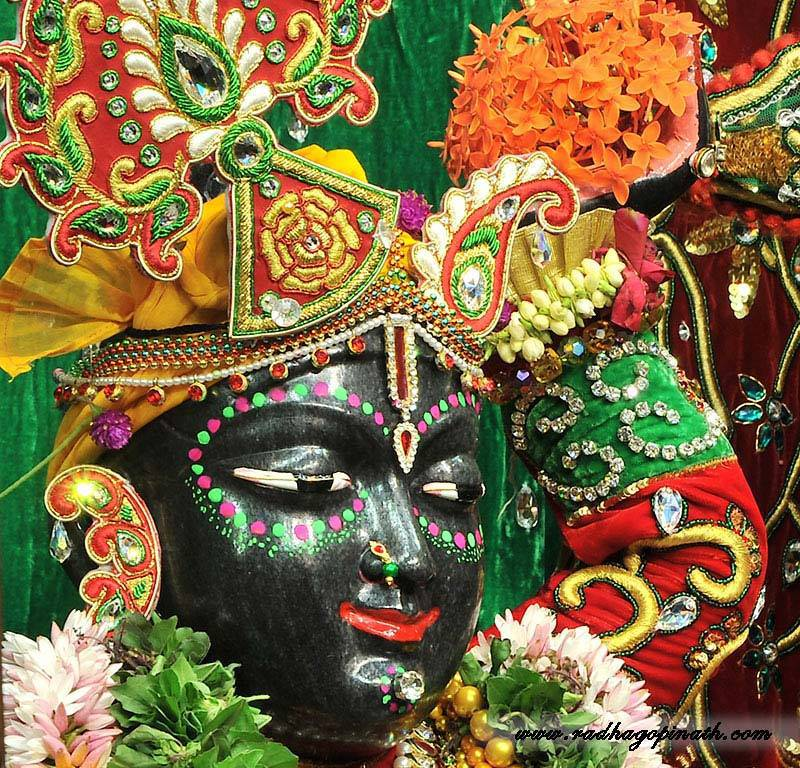 ISKCON Chowpatty Deity Darshan 19 Dec 2015 (22)