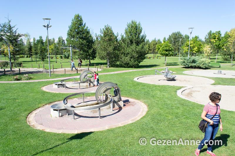 Sazova parkı içindeki Deney alanı çocuklar için çok eğlenceli, Eskişehir