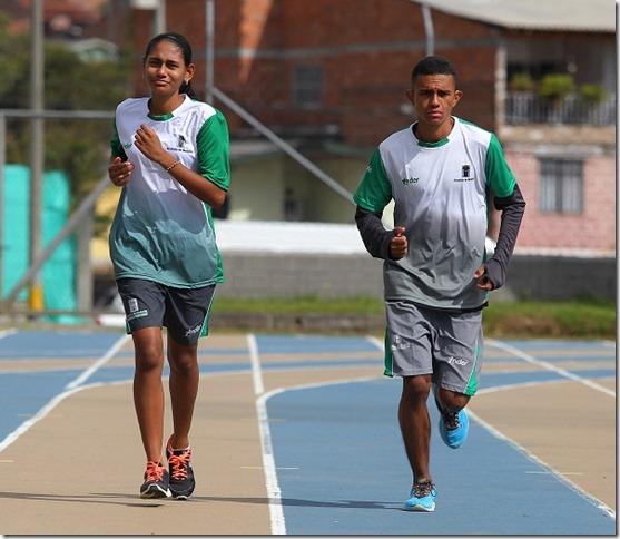 Jessica_y_Martin_atletismo_adaptado