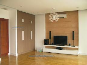 Tủ âm tường trong phòng khách