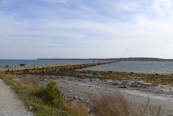 rockland_breakwater_lighthouse_1