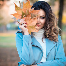 Kriss by Dragana Trajkovic - People Portraits of Women ( woman, nature, model, autumn, leaf, portrait, girl, fashion,  )