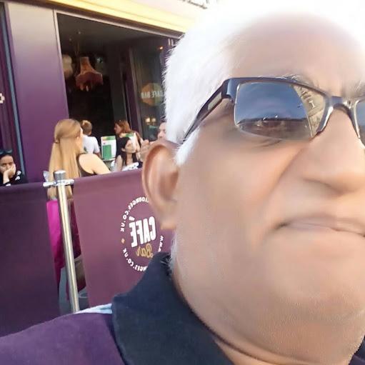 user Ramaseshan P N apkdeer profile image