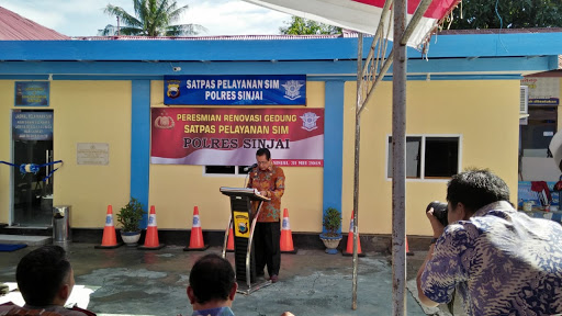 Plt. Bupati Resmikan Gedung Satpas Pelayanan SIM Polres Sinjai