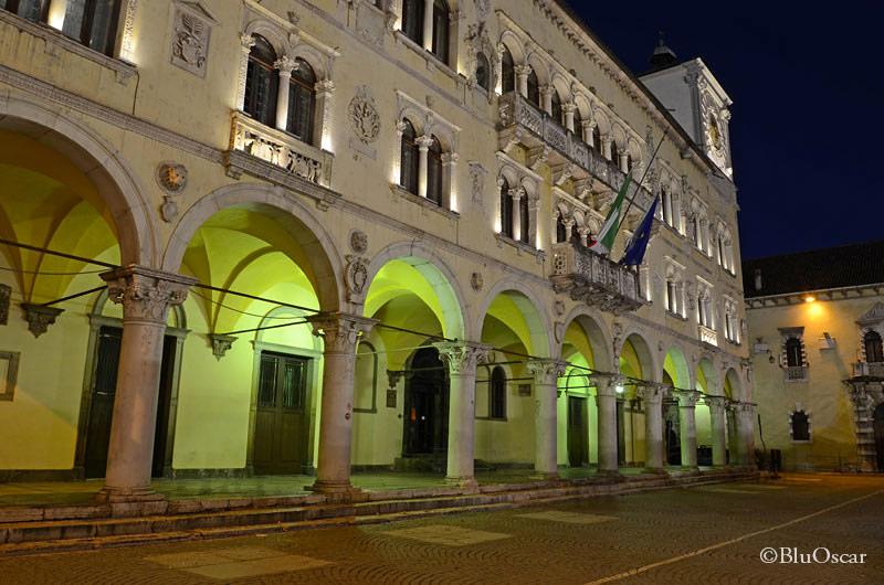 Piazza Duomo Belluno 06 01 2015 N1