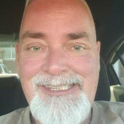 user Mark Marcengill apkdeer profile image