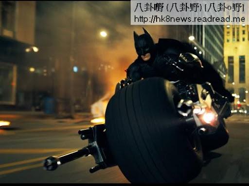 蝙蝠俠的「蝙蝠摩托車」,看一眼就能感覺它充滿力量。(圖/公關照)