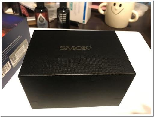 IMG 4359 thumb - 【ロボアニメファン必見】SMOK T-PRIV Kit(スモック・ティープリブキット)レビュー!スターターキットと言いつつ優秀なMODと味の出る爆煙クリアロがセットになった最強セット!初心者にいきなりデュアルバッテリーは扱えるのかな?【MOD/スターターキット/クラウドチェイサー】