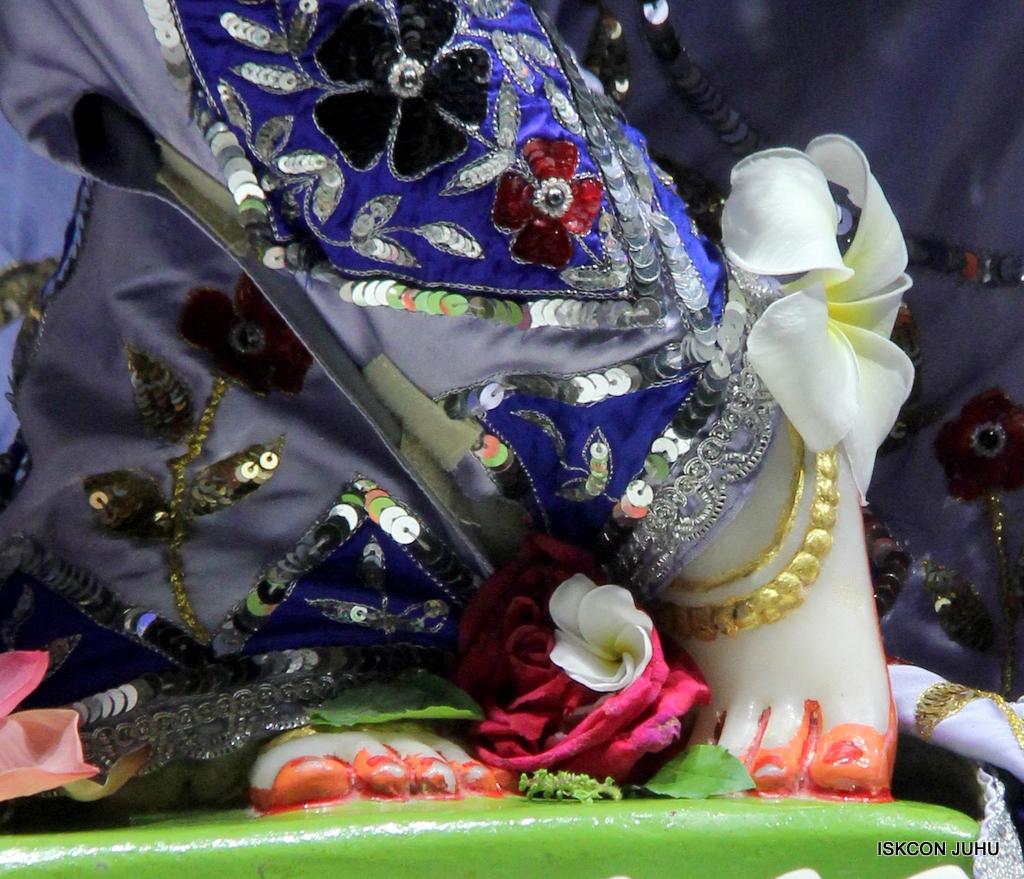 ISKCON Juhu Mangal Deity Darshan on 29th Sep 2016 (23)