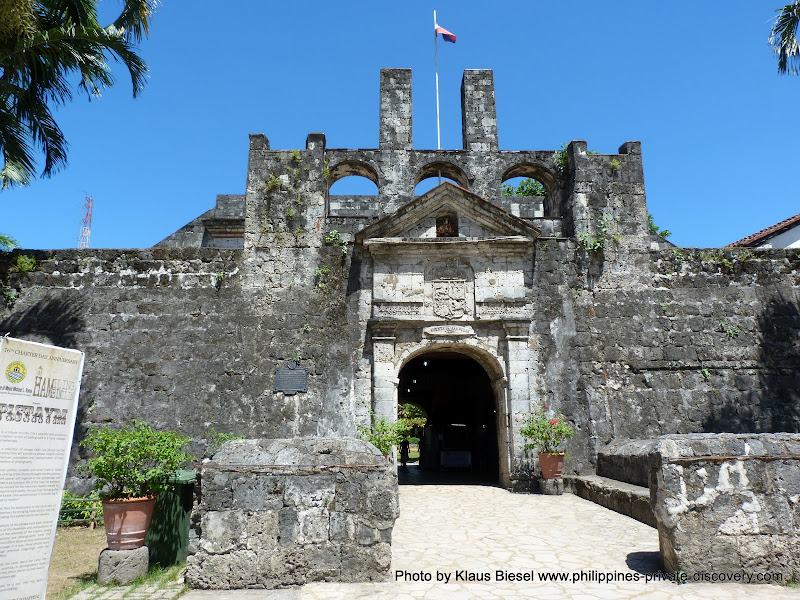Cebu . Fort San Pedro  Photo by naruwan and not by Klaus Biesel