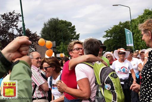 Vierdaagse van Nijmegen door Cuijk 20-07-2012 (62).JPG
