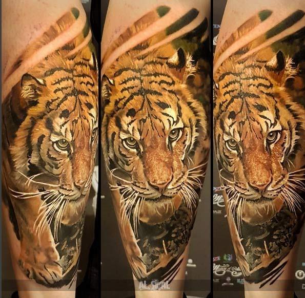 este_realista_tatuagem_de_tigre
