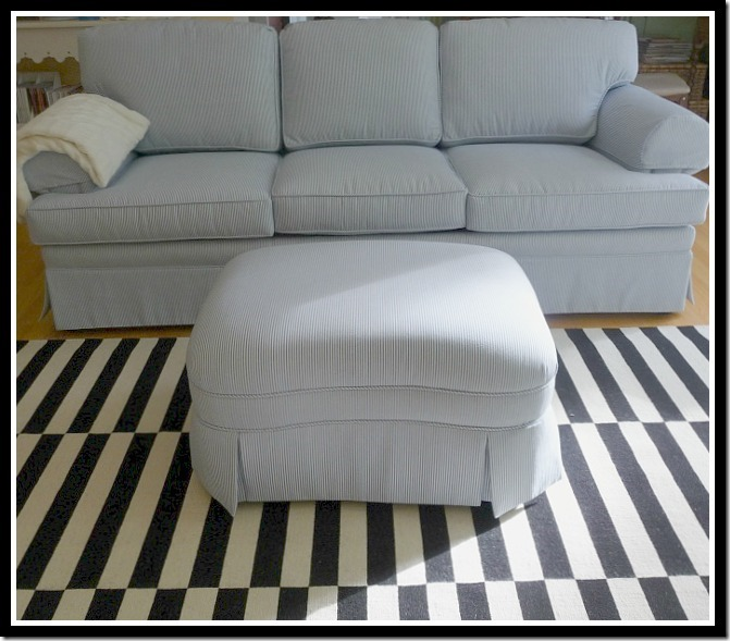 sofa in room base with frame 001 (800x600) s