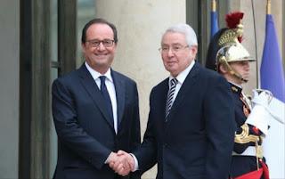 Bensalah reçu par le président Hollande