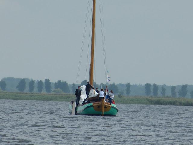 Zeilen met Jeugd met Leeuwarden, Zwolle - P1010398.JPG
