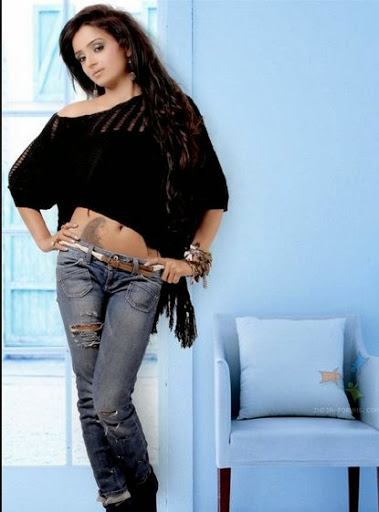 Parul Chauhan Weight