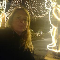 Justine Comtois Photo 3