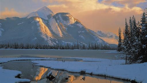Mount Morrow, Jasper National Park, Canada.jpg