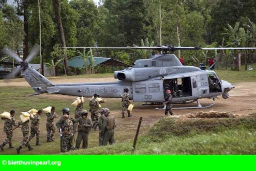 Hình 1: Trực thăng cứu hộ Mỹ mất tích trong động đất Nepal
