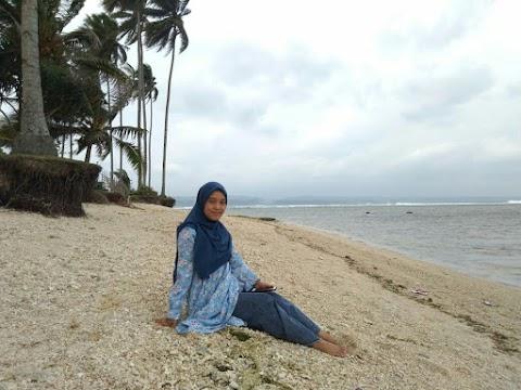Pantai Cukoh,  Kaur