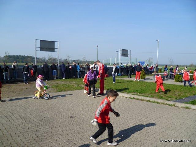 Veľkonočný medzinárodný ZLATÝ futbalový turnaj ČSFA (17.4.2011) - P1020029.JPG