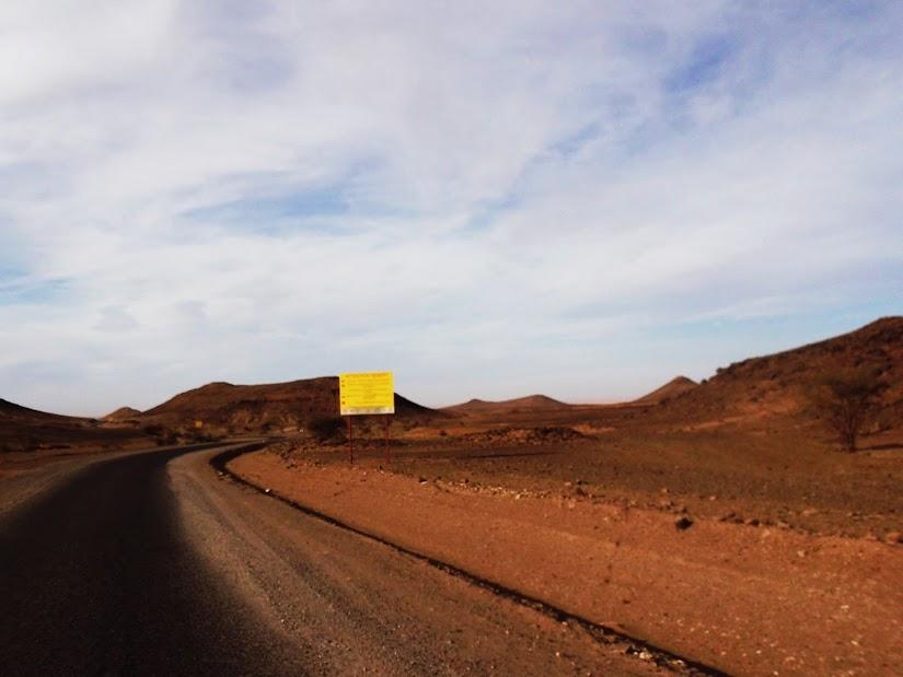 Marrocos e Mauritãnia a Queimar Pneu e Gasolina - Página 12 DSCF1434