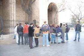 Un paseo por la Valencia Musulmana dirigido por D. Javier Martí arqueólogo municipal y Director de Museo de Historia de Valencia (MHV). Y Visita al Patrimonío Andalusí del Museo de Historia de Valencia (MHV)