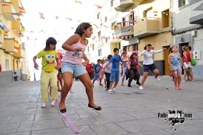 Juegos Infantiles, Lunes 12