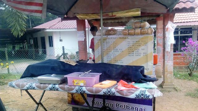 Nasi Lemak RM2 di Felda Sungai Behrang