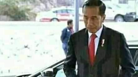 Jokowi Minta Pelaksanaan PSBB Corona Dievaluasi Total
